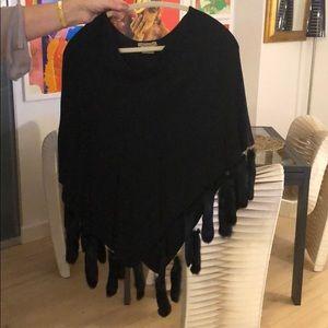 Black escapade cape